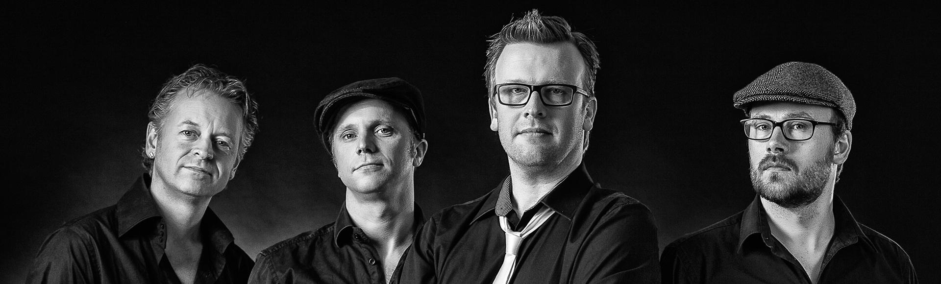 Coverband Koest tijdens Jaarmarkt 2015